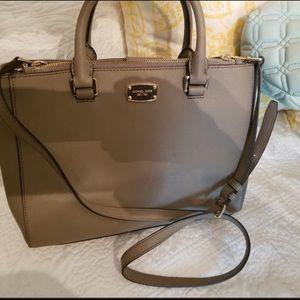 😍PRICE DROP😍.   Michael Kors Taupe Handbag
